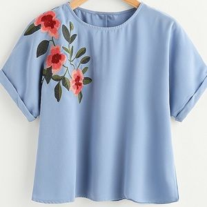 🆕Blue embroidered floral cuff sleeve top